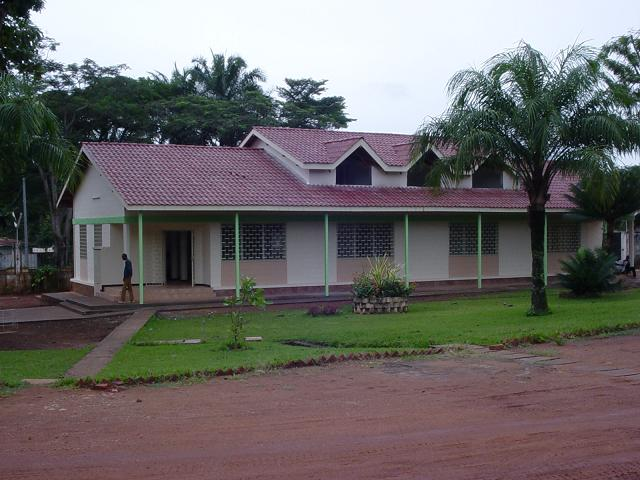 http://ateliera3.free.fr/img/alliance_francaise_Bangui.JPG